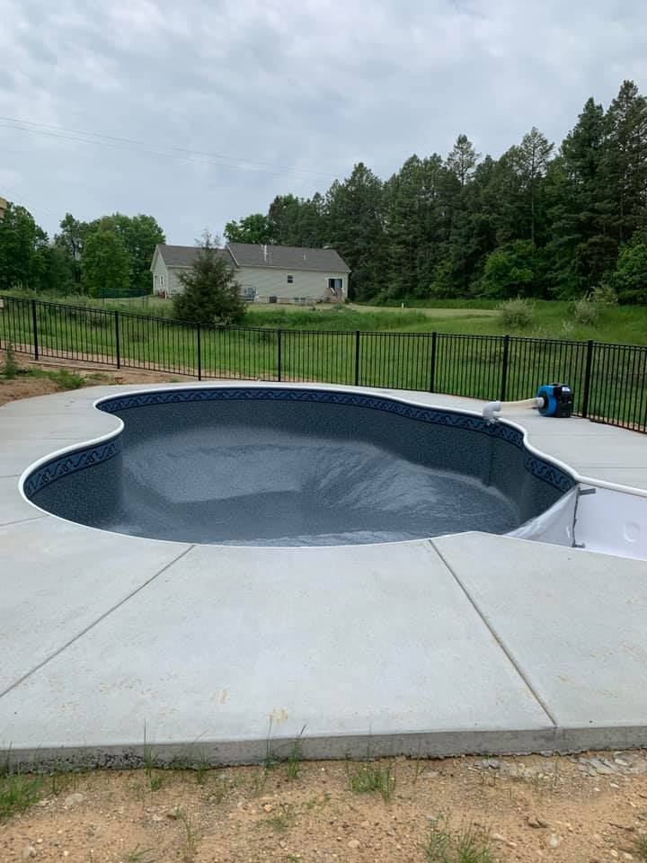 top_pool_contractor_howell_mi_amazing_poolz